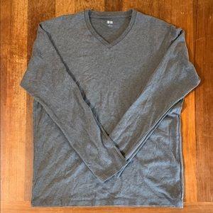 Uniqlo Long Sleeve Gray T Shirt Large